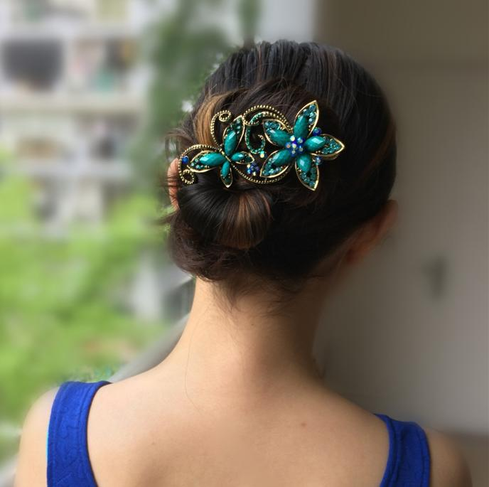 Metal Rhinestones Hair Clip Vintage Bronze Plating Butterfly Hair Claw Retro Flower Hairgrip Women Jewelry