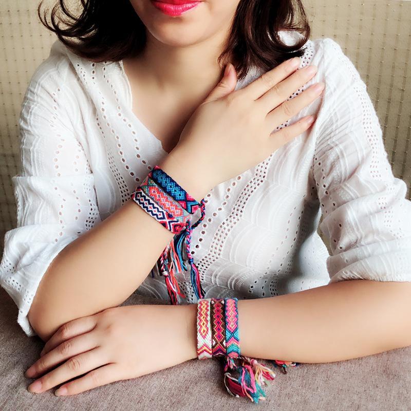 Europa y los Estados Unidos DIY hecho a mano original pulsera de algodón de cáñamo tejida Color bohemio folk wind art cuerda de mano elástica mujer