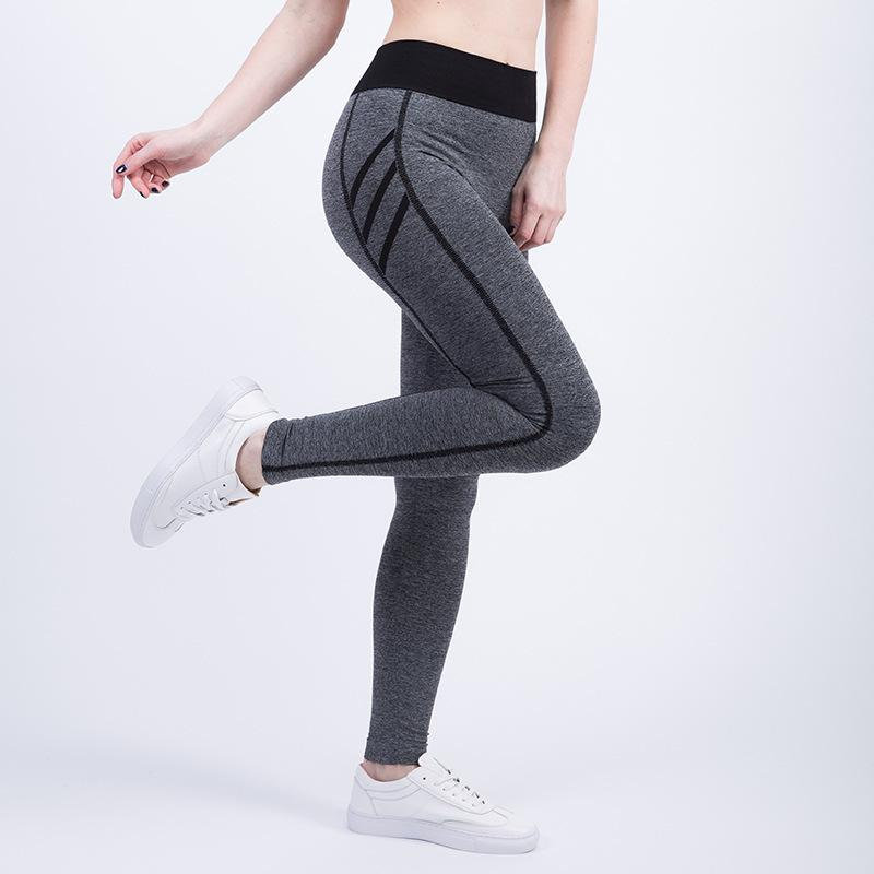 Yoga Sport Nine Points Pantalons Outdoor Fitness Sweat Absorption Tight Fit Course à pied Femme Hit Bobette