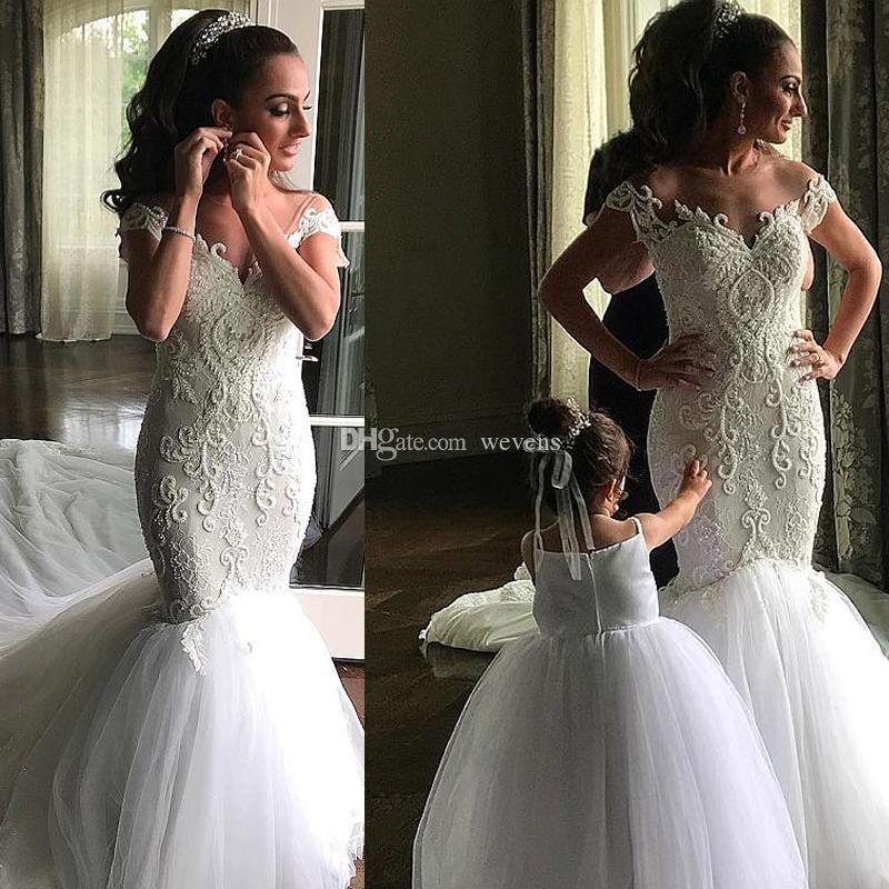 Elegante puro cuello sirena vestidos de novia de manga corta Pearls Country Wedding Gown Capa Botter Long Garden Bridal Vestido