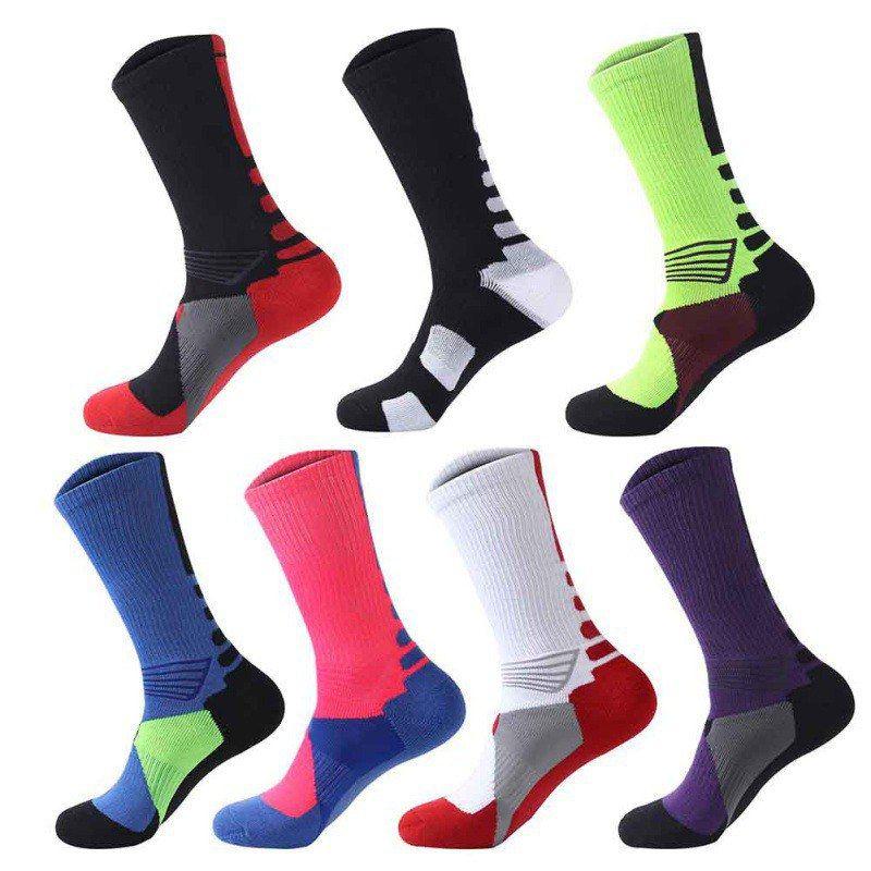 1 pair of Men\'s And Women\'s Stockings Warm Football Socks Basketball Sports Slip Riding Mountaineering Running Sports Socks