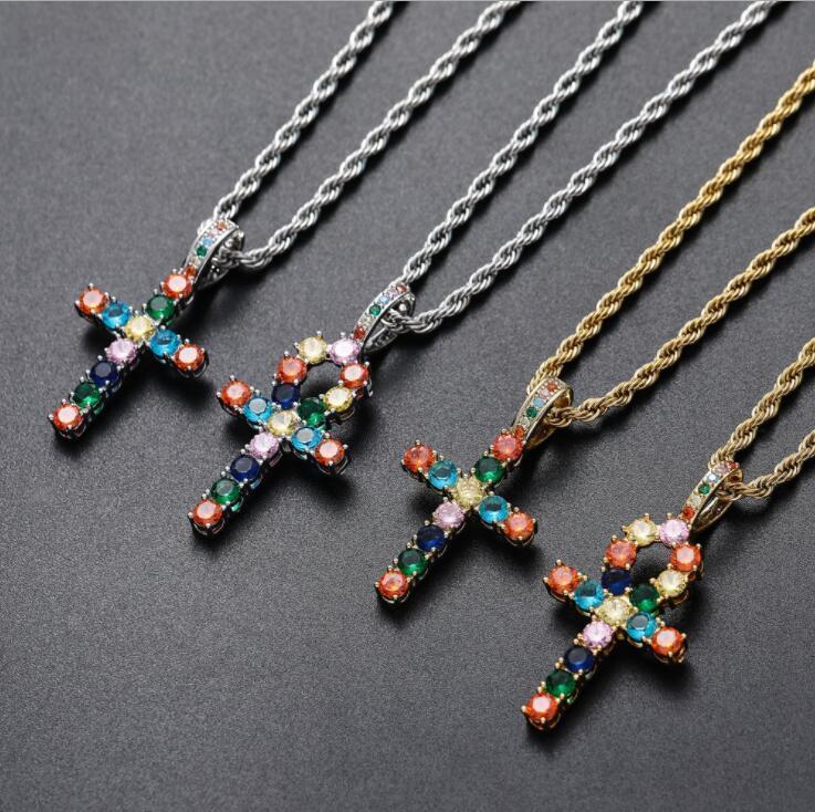 hip hop coloridos diamantes colares cruz pendente para homens, mulheres, Cristianismo de luxo colar de jóias de ouro banhado a cobre de torção cha