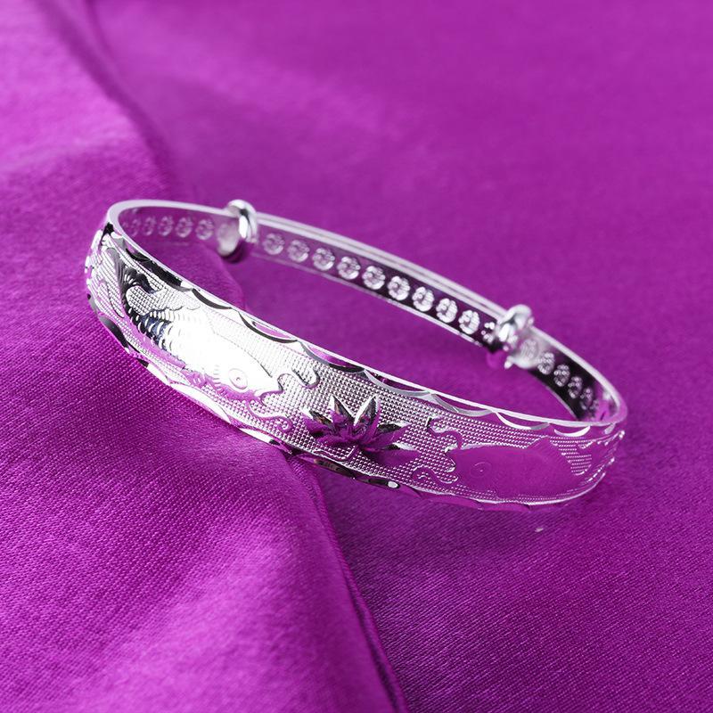 mulheres europeias e pulseiras de moda americanos empurrar e puxar prata widefaced pisces lotus pulseiras nova força de jóias Haifeng jóias