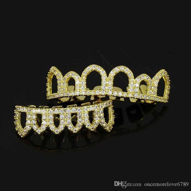 18K مطلية بالذهب GRILLZ على شارع الأزياء الرجال النساء الراب ترف بلينغ الزركون الشوايات الأسنان 2 قطعة مجموعة الجوف خارج الهيب هوب الأسنان الحمالات