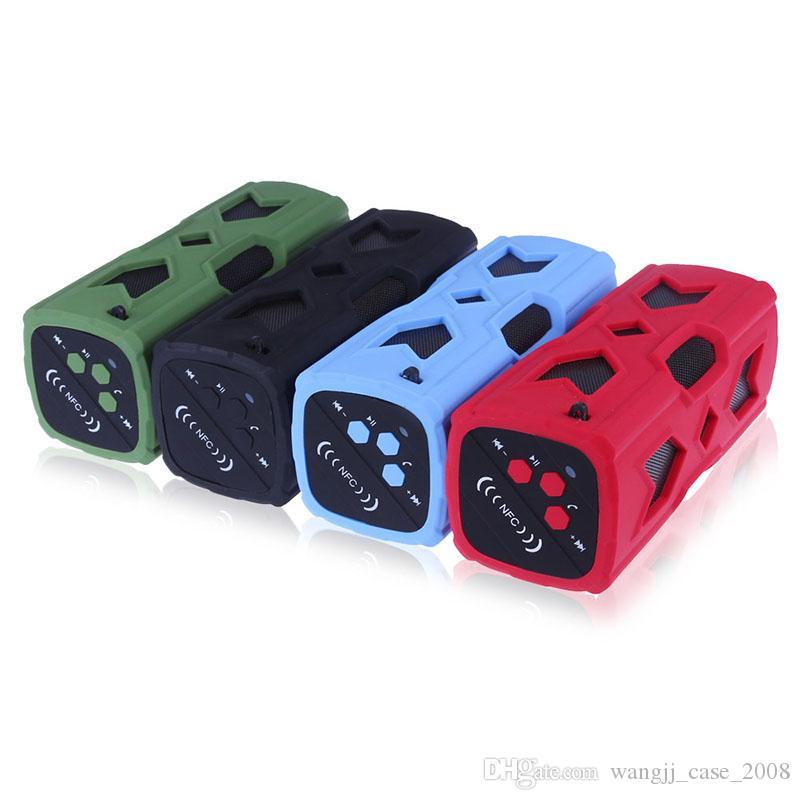 Wasserdichtes Bluetooth Lautsprecher NFC 1800mAh Energien-Bank Stoß- Stereo Wireless-Player Fahrrad Radfahren Audio Sound Subwoofer Box neu