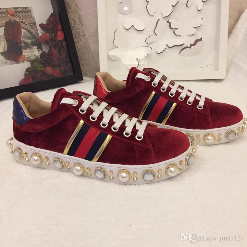 حذاء مصمم الأحذية الفاخرة والأحذية عارضة بيضاء الأحذية النسائية الرياضية الكلب التطريز جيد النحل الديك النمر أحذية رياضية الجانب الفاكهة mh191007