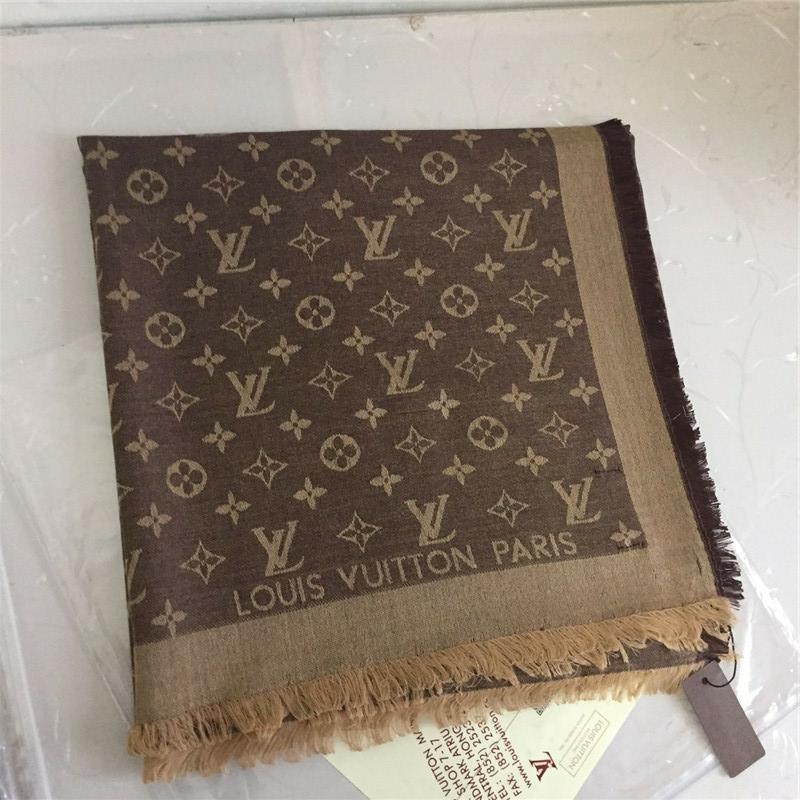 22 Farbe Großhandelsmarken Schal Art und Weise weiche Baumwolle Jacquard-Schal 140 * 140 cm Soft-Marke Schal Frauen Dreieck Schal 140 * 140 cm
