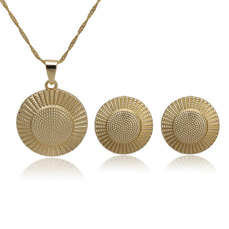 2020 Мода Марка Подвеска Ожерелье Серьги Ювелирные наборы для женщин / девочек-подростков Dubai Gold Красочный комплект ювелирных изделий Оптовая