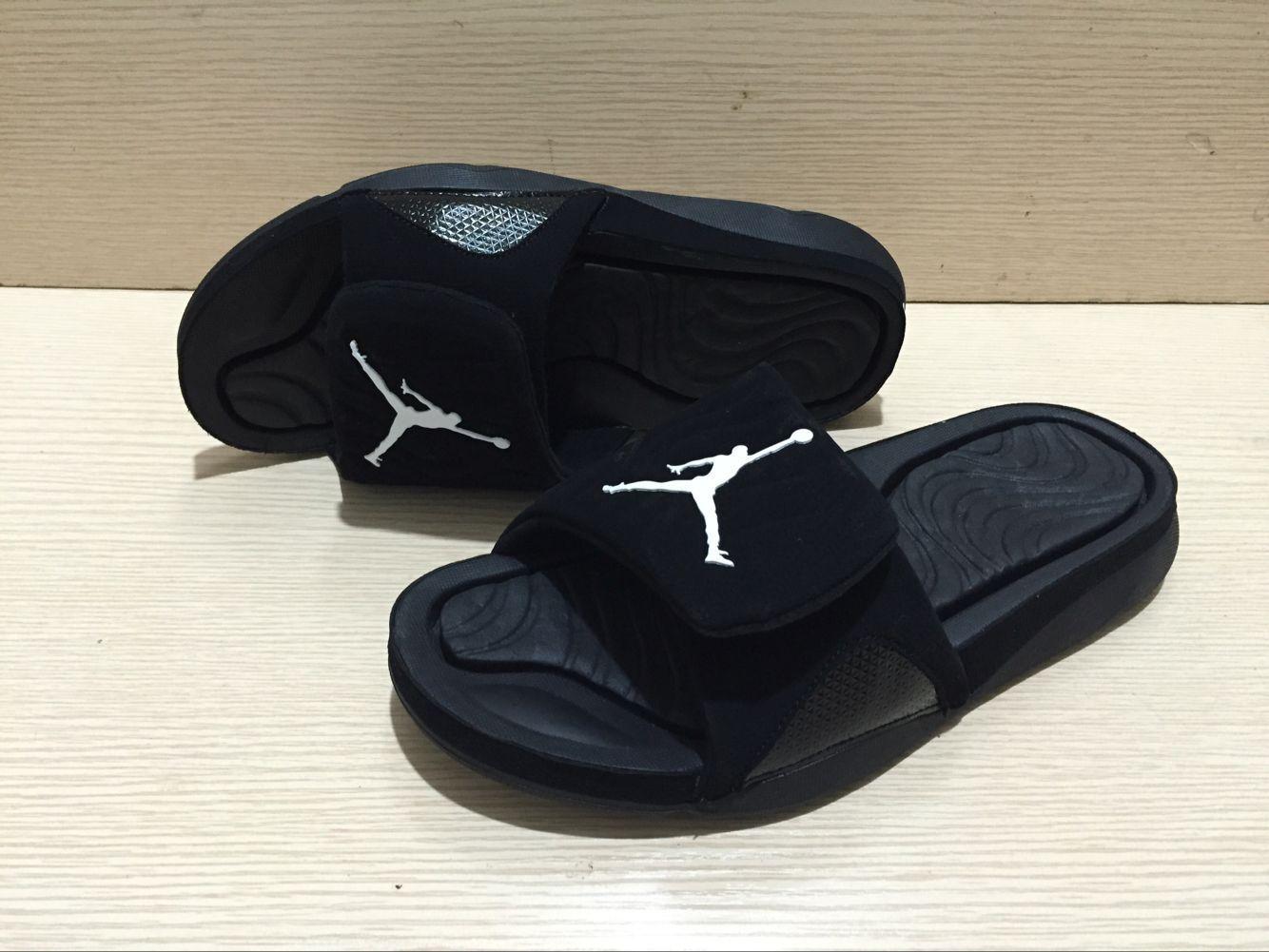 Mädchen Sport Star Printing Hydro 4 Slipper Qualitäts BrandSlippers Frauen-Sommer-Gummi-Sandalen Strand Slide Mode Scuffs YYC 20022708T