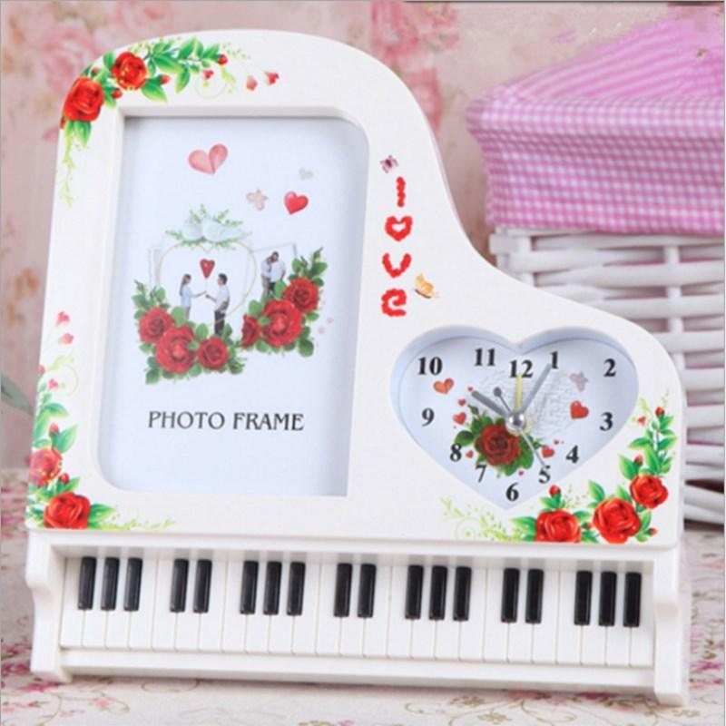 Творческое 5 дюймов Photo Frame Классическая Piano Будильник Photo Frame Пластиковые Подарочные фото Домашнее украшение