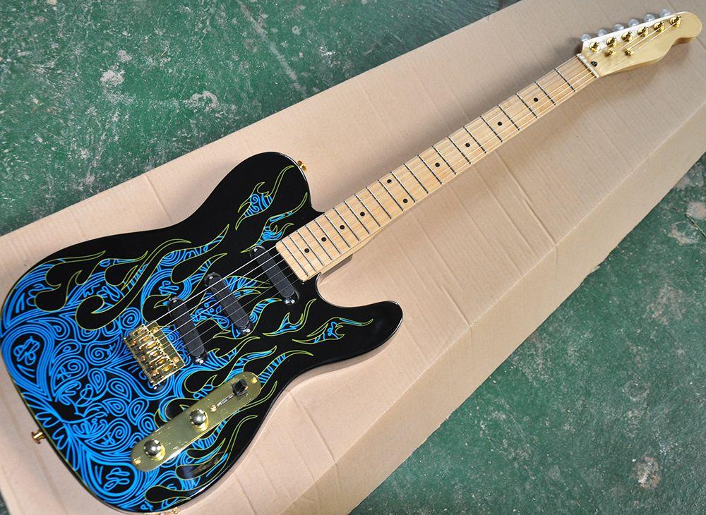 Guitarra eléctrica al por mayor de la fábrica con el patrón de la llama azul, Maplefretboard, el hardware de Oro, se puede personalizar como petición