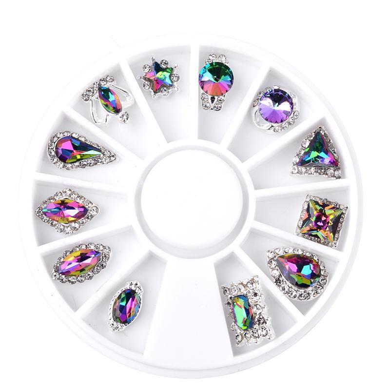 12 Design-Glaskristall Flamme AB Strass Gems Legierung Metall 3D Tipps DIY Schmuck Zubehör Nail Art Dekoration Werkzeuge Maniküre