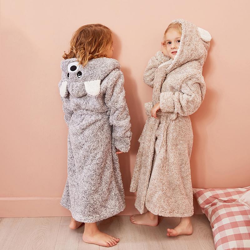 Roupa de desenhos animados da cor sólida Hoodies Meninas Pijamas Toalhas de banho Crianças macia Banho Pijamas 4-13 Anos Crianças Y200429