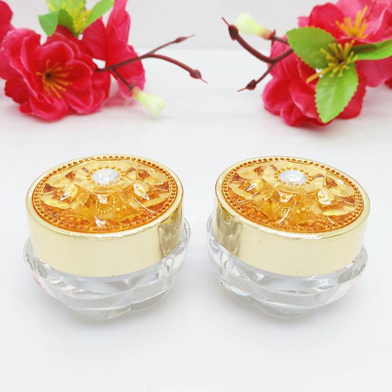 10pcs pots en plastique crème Container Pots vide Echantillon cosmétique Jar High Grade d'emballage Les récipients en fer d'or diamant Cap 5 g 10g