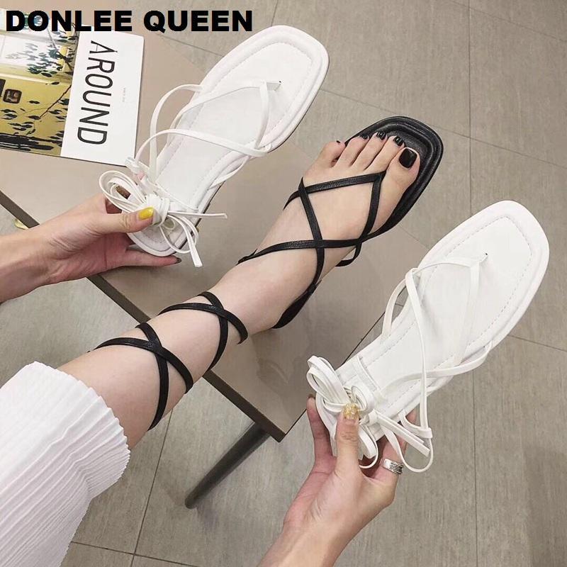 DONLEE 2020 neue Sommer-Kreuz-Bügel-Sandelholz-Gladiator-Knöchel Riemchen geöffnete Zehe Stilett-beiläufige flache Schuhe des Schuh De Mujer