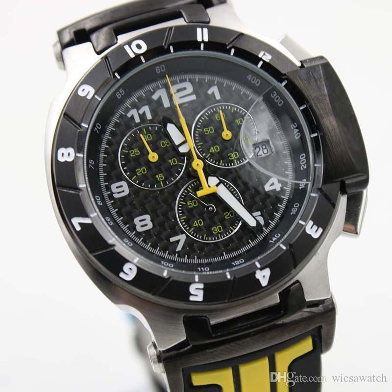Homens atraentes relógios de pulso cronógrafo de quartzo pulseira de borracha amarela 45MM Men Watch Outdoor Mens Relógios Com Dial distintivo