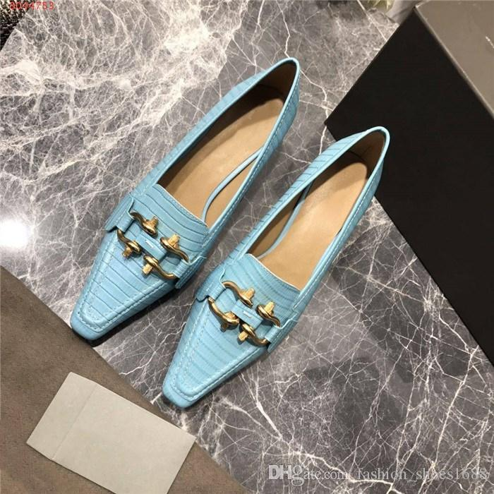 En 2019 Bomba de época talones del cuero genuino de diseño zapatos elegantes Mujeres de Bajos en punta del dedo del pie de vestir con el tamaño de la hebilla 35-40