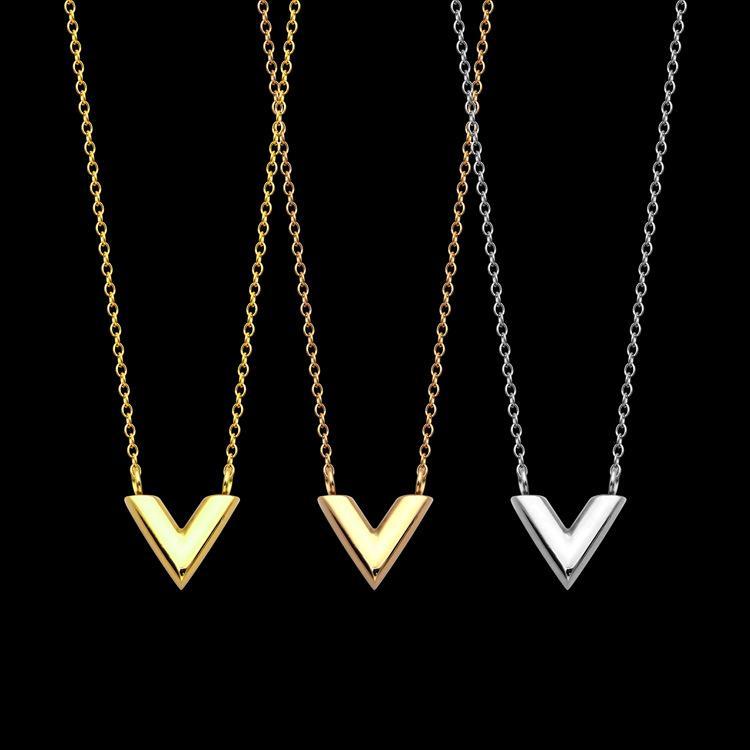 316L التيتانيوم الصلب V رسالة مزدوجة قلادة البرسيم مجوهرات قلادة للهدايا العيد