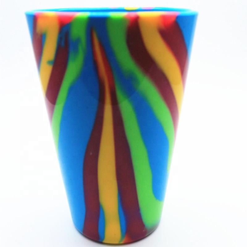 Unbreakable Eco-friendly Camouflage Silicone bebidas Hetero Cup com logotipo personalizado portátil para piquenique ao ar livre