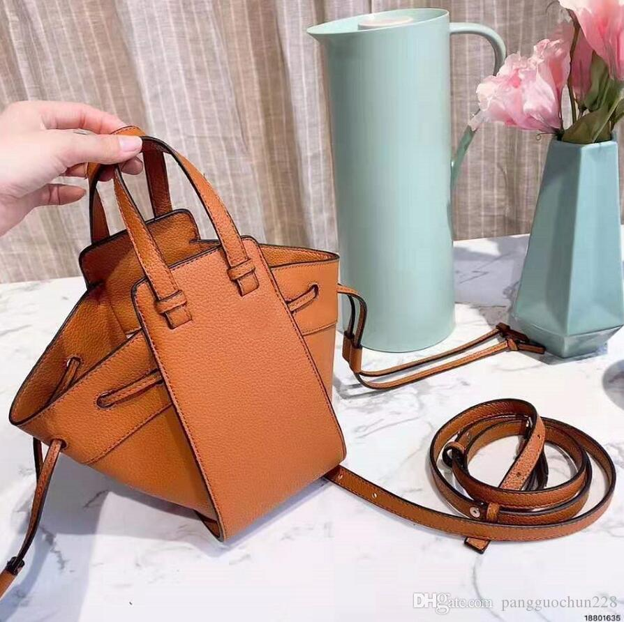 womens designer handbags luxury designer handbags bags crossbody bag fashion 21CM Black leather handbags female purse bag 2412