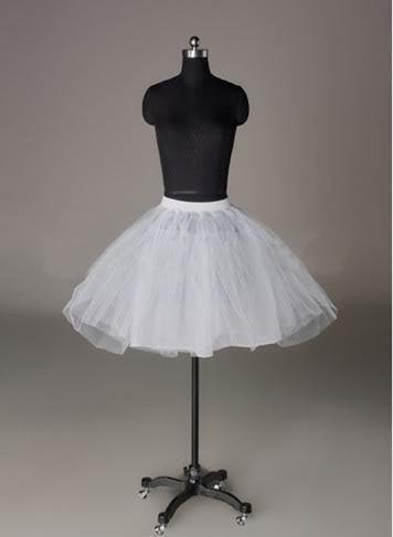 New Arrival Free Shipping Lovely Hot Sale Bridal Short Petticoat In Stock White Wedding Dresses Flower Girls Crinoline High Quality