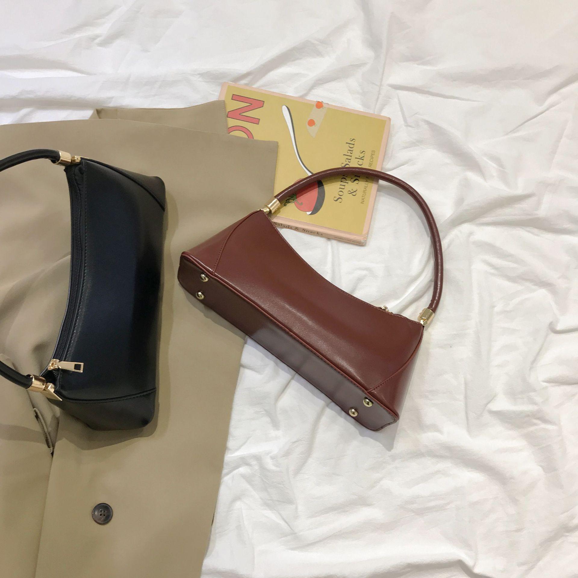 Nouveau porte-monnaie Sacs à bandoulière Sac à main couleur unie Rétro sac en cuir pour femme