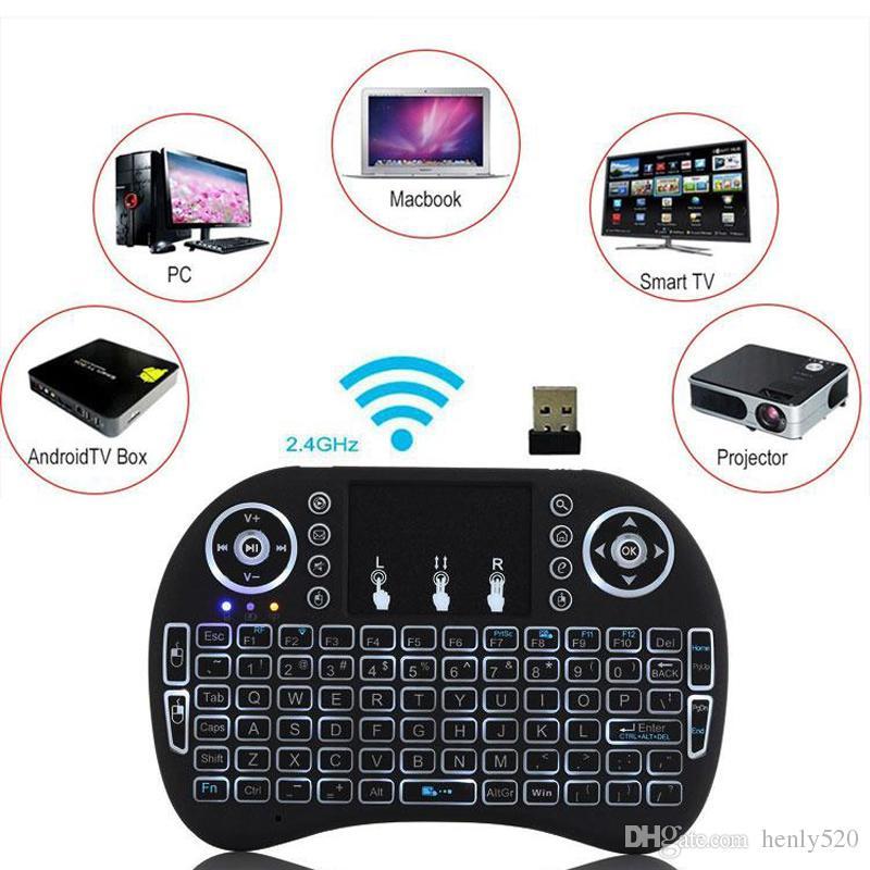 لوحة المفاتيح I8 مصغرة الخلفية 2.4G اللاسلكية يطير ماوس الهواء قابلة للشحن مع الخلفية لوحة اللمس Controlers عن بعد لMXQ الموالية X96 TV صندوق جديد