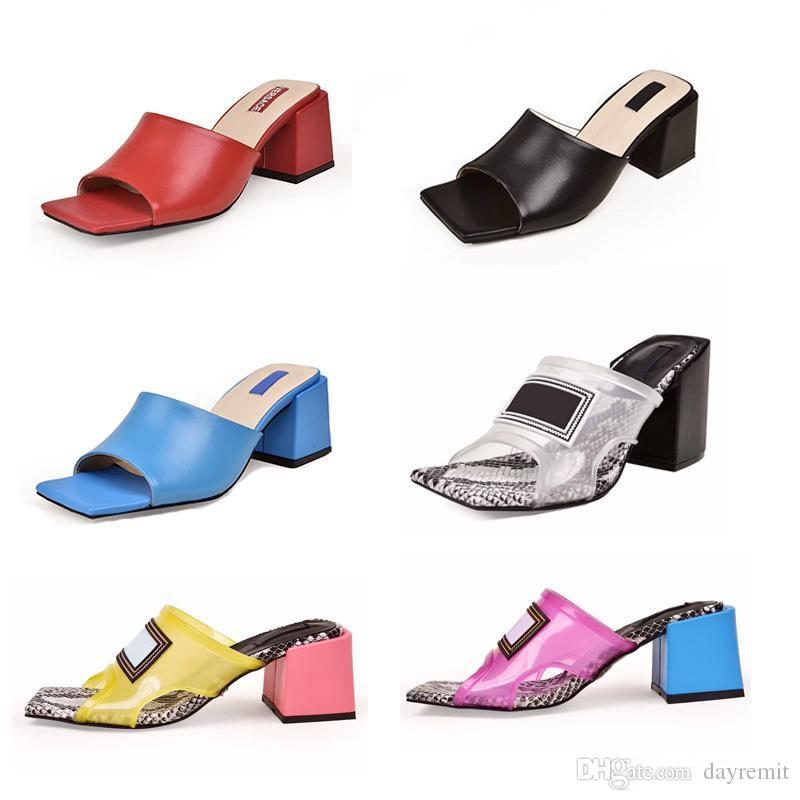 New Fashion Designer Chinelo Mulheres PVC transparente Bloco Sandálias de salto de couro genuíno extravagantes sapatos de salto alto Chinelos de Luxo mulas Slides