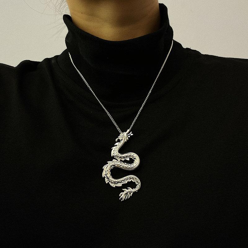 Punk Creative zodiaque chinois dragon collier pendentif pour les femmes Vintage Exagéré animaux géométrique Colliers Bijoux XR2932