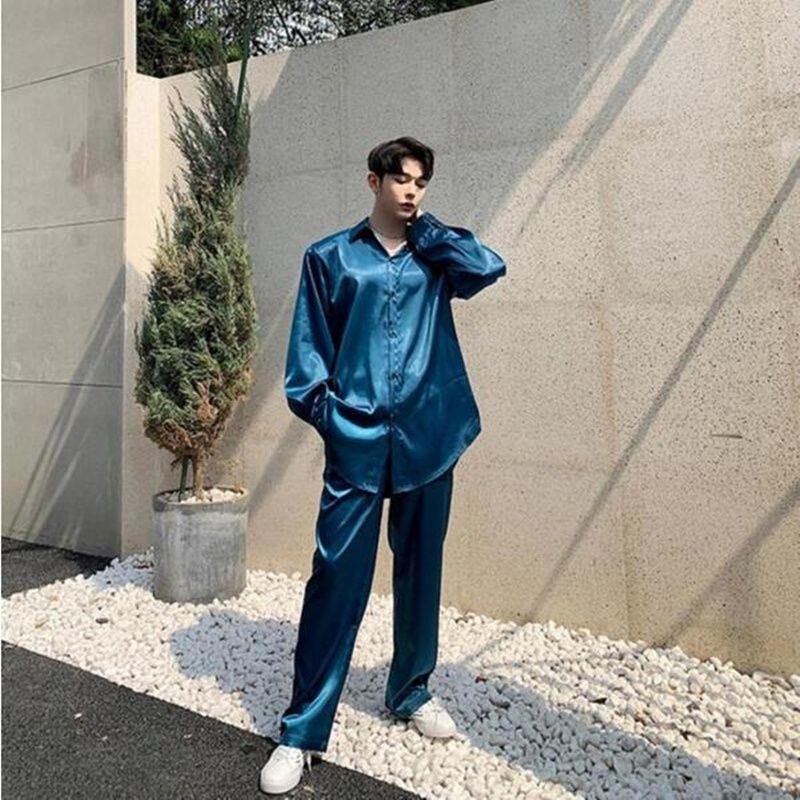 La nuova primavera estate blu in raso uomini sciolti camicia + pantaloni due pezzi di alta qualità maschile casual due pezzi set top e pantaloni