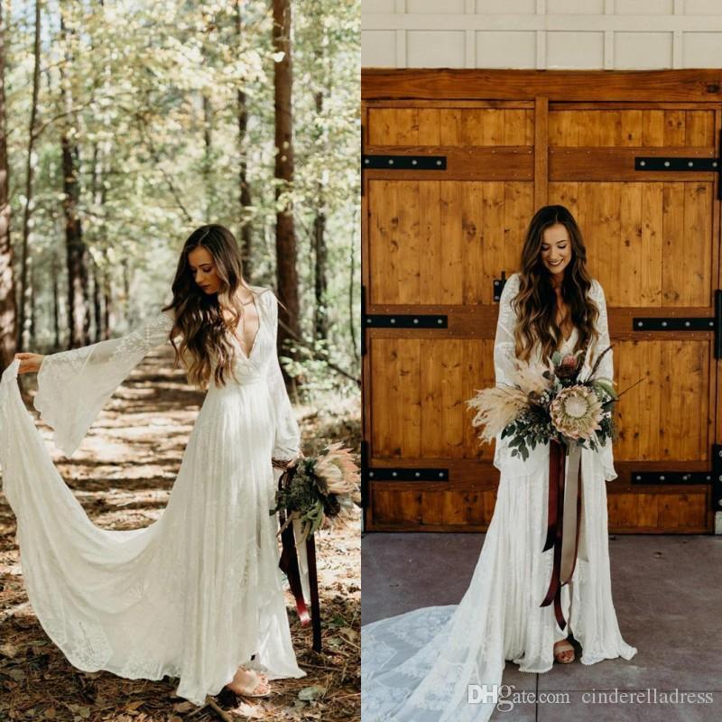 2020 Country Style Boho Lace Wedding Dresses com mangas compridas V Neck A Linha do casamento de praia Vestidos Bohemian Plus Size Bridal Vestido BC3566