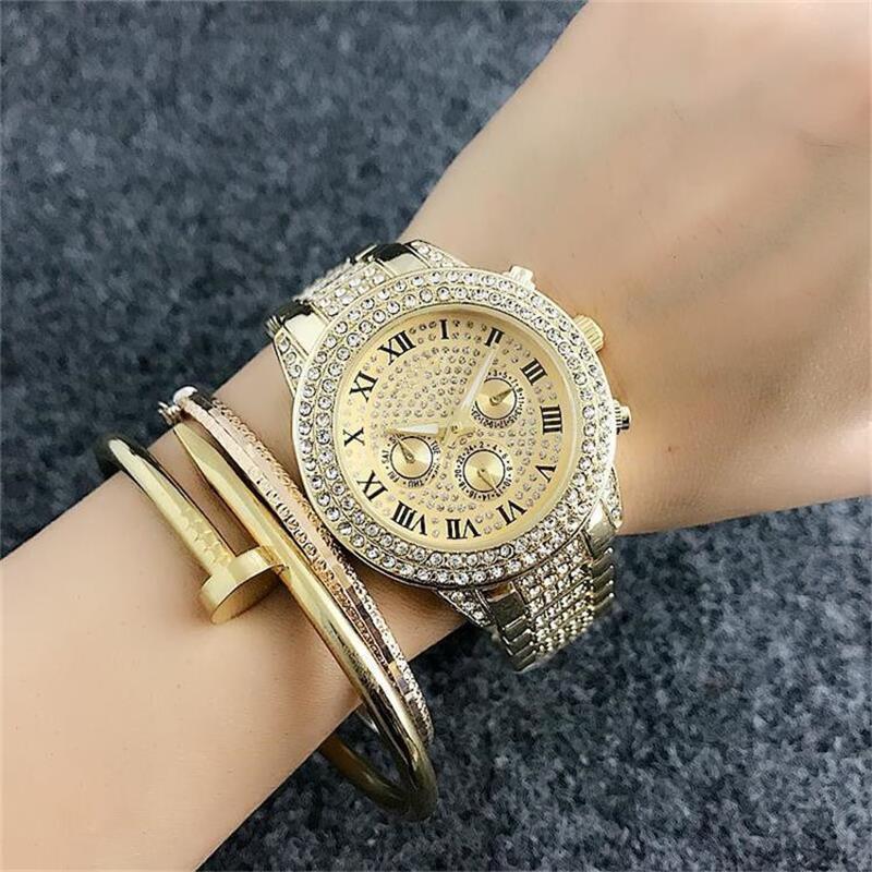 2019 Женская мода кварцевые часы Все небо звезды кристалл алмаза инкрустация циферблата стали пояса женщин Роскошные часы оптом 66