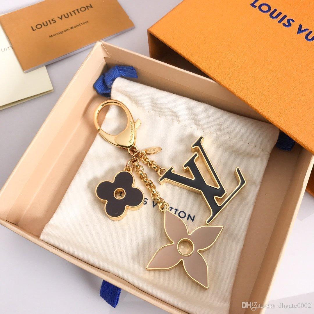 2020 luxe porte-clefs Porte-clés Designers de mode pendentif astronaute voiture Keychain hommes femmes Sac Charm Pendentif Accessoires pour le cadeau avec la boîte