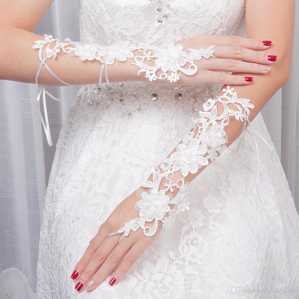 Boncuklu Seksi Parmaksız Ile uzun Dantel Sheer Gelin Eldiven Fransız Dantel Düğün Aksesuarları Dirsek Uzunluğu Kadınlar Düğün Gelin Eldiven B17