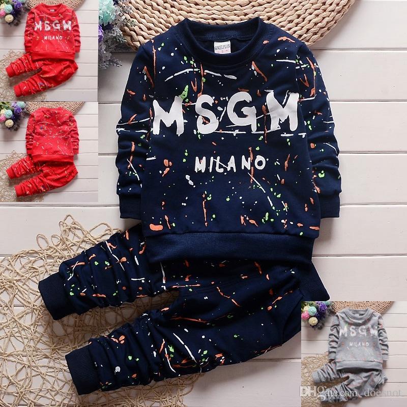 eşofman seti çocuklar Spor sonbahar çocuklar tasarımcı kıyafetleri 1-4Years setleri 3 renk Bebek Bebek Boys Giyim Tişörtlü + Pantolon Çocuk