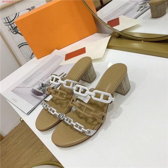 Damen klassischer Frühling und Sommer Pantoffel Drei-Ring Schweinenase Pantoffel Mode Open-Toe hochhackige Sandalen Größe 35-42