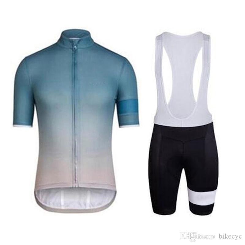 Equipo de RAPHA Ciclismo mangas cortas jersey baberos cortos conjuntos 2019 verano Hombres equipo ropa transpirable bicicleta de montaña de secado rápido al aire libre U40108