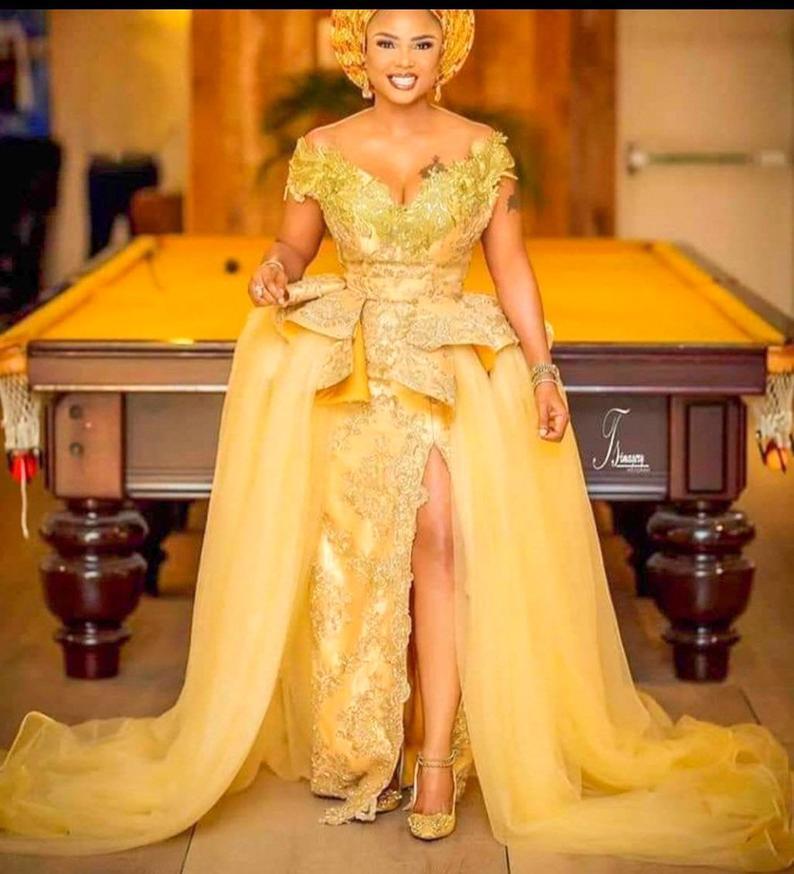 Sarı Dantel Abiye Mermaid 2020 Afrika Uzun Balo Abiye Split Ön Kapalı Kapalı Omuz Mütevazı Anne Gelin Elbise Artı Boyutu