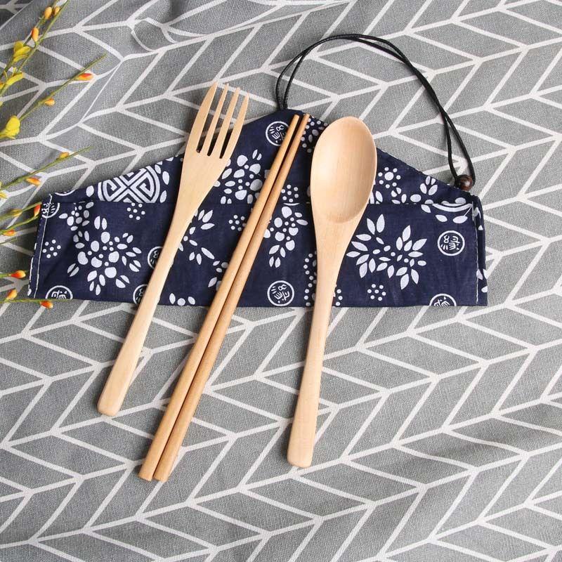 De vajilla ECO amistoso del vajilla de madera portátiles palillos cuchara de madera cubiertos conjunto estilo japonés bolsa de almacenamiento de cubiertos para acampar
