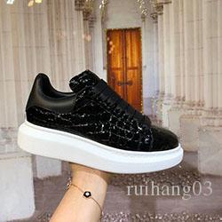 Luxe Hommes Femmes Chaussures Top Real Lovers en cuir confortables respirant Loisirs Chaussures pas cher meilleur C0174 qualité