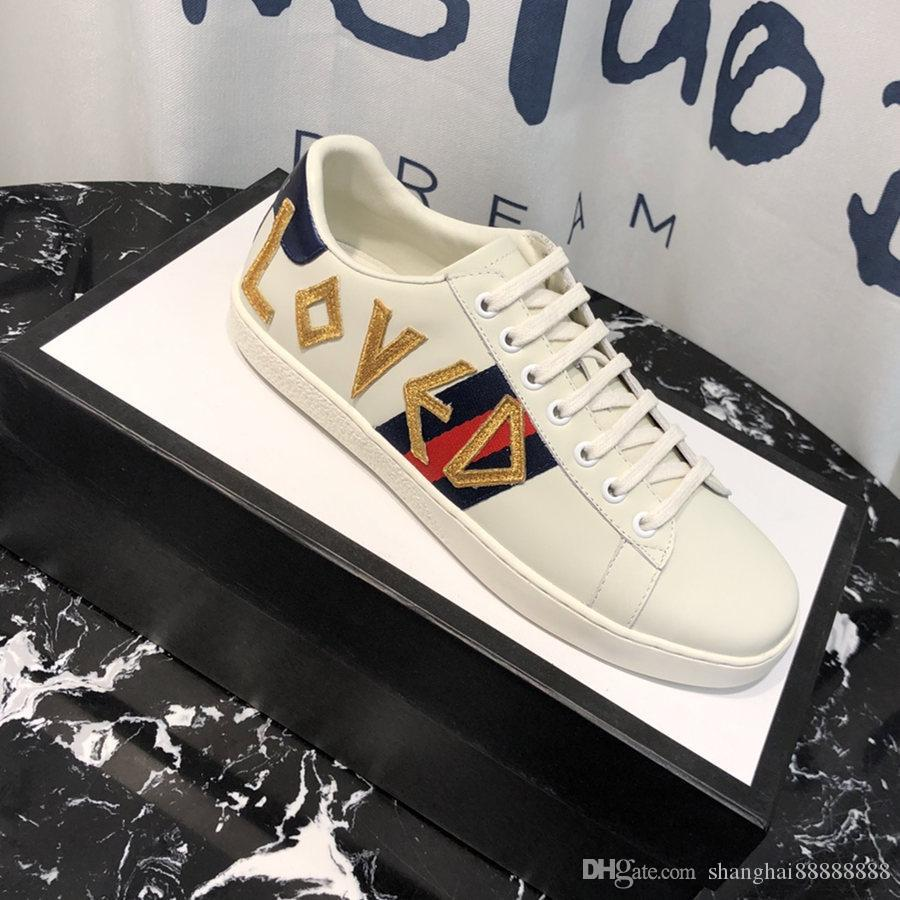 Mens 18Designer Shoes White Leather Ace Embroidered Loved Sneakers Rubber  Sole Men Women Platform Casual Shoes 19ssGucci Ladies Shoes Loafers For
