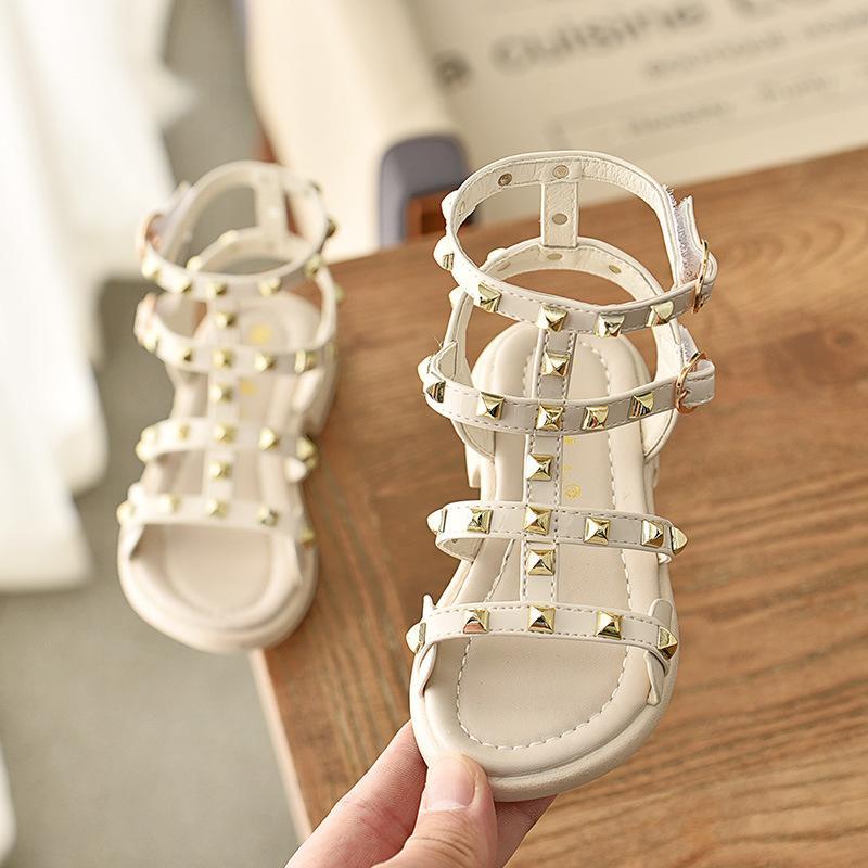 أطفال بنات صنادل صيف 2019 موضة جديدة زهرة ليتل طفلة الأميرة أحذية لينة بو الجلود الأطفال الصنادل الفتيات الأحذية