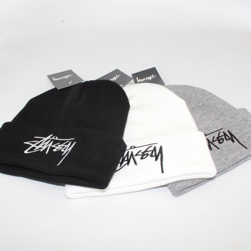 Designer gestrickte beanie caps für männer frauen herbst winter warme dicke wolle stickerei kalthut paar mode straße hüte
