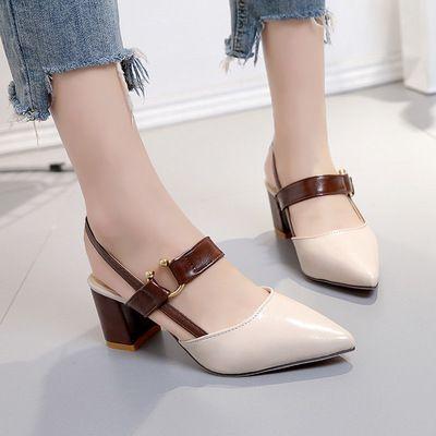 Kadın Sandalet Lady Prom Parti Ayakkabı Sivri Burun Toka Kayış Sandal Katı Renk Kare Topuk Ayakkabı Sığ Sandalias pompaları