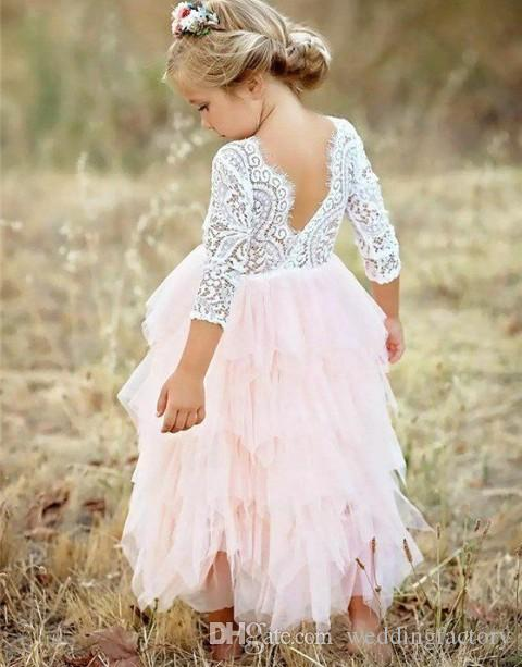Lovely Flowergril Dresses Puffy Flower Girl Dresses for Weddings V Neck Lace Top Open Back Ivory and Blush Pink Tulle Communion Dress