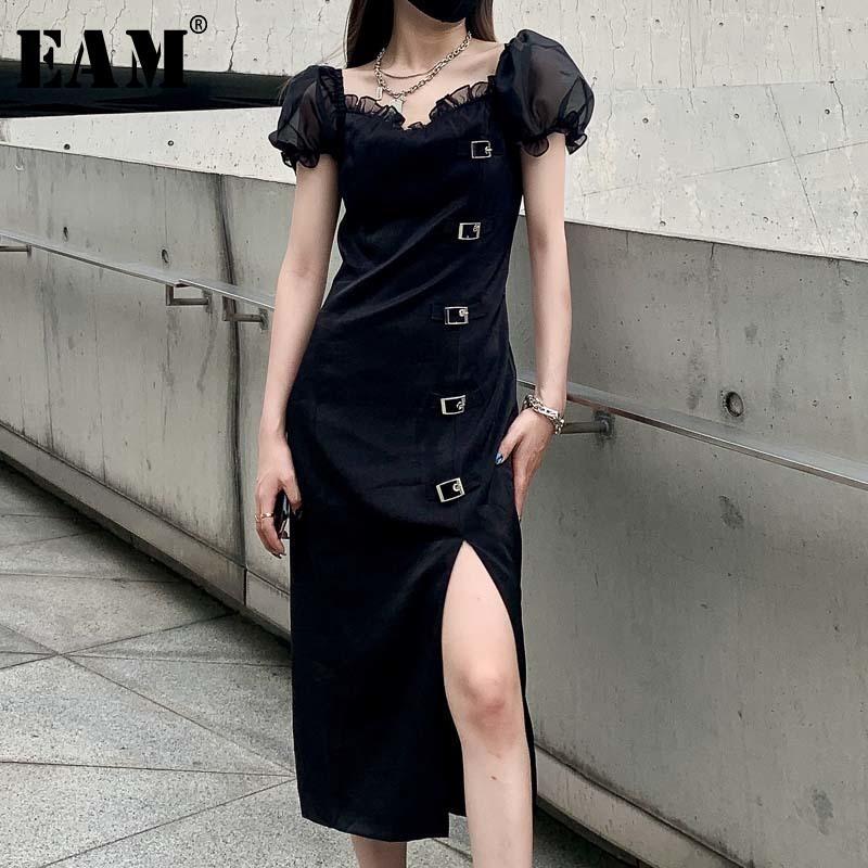 [EAM] 여성 블랙 프릴이 분할 통풍구 드레스 새로운 광장 칼라 짧은 퍼프 슬리브 느슨한 맞춤 패션 조류 봄 여름 2020 1W374