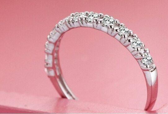Free Shipping Fine Wholesale - Genuine SONA diamond ring , 11 diamond ring , three generations IJ color diamond color of fire , seven colors