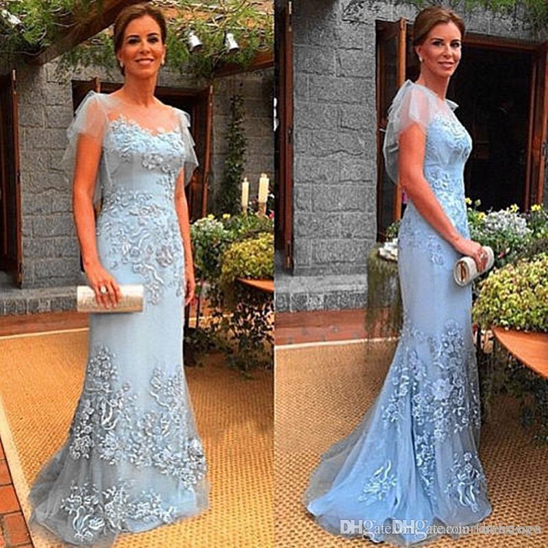 2017 Vintage Lace Cap Sleeve Applique Mutter der Braut Kleider Meerjungfrau Abendkleider Plus Size