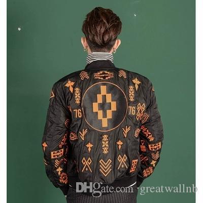100%реальная роскошь мужская мода черный / красный абстрактный узор вышивка красный ковер / событие / сценическое исполнение короткая куртка / студия / Азия размер