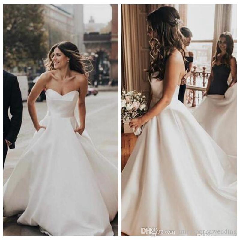 Очаровательная милая белый атлас свадебные платья с судом поезд линии свадебное платье зашнуровать обратно доступные свадебные платья